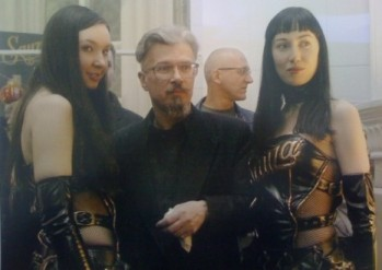 limonov-2-girls-post-prison-465x330